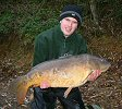 Alan Barlow with Big Al at 30lb 6oz - Nov 2004
