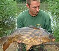 Ray Davis with a 20lb 1oz common - 2004
